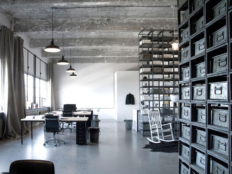 cementgebonden gietvloer op kantoor